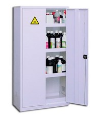 Large safety cabinet 240 L for dangerous products storage